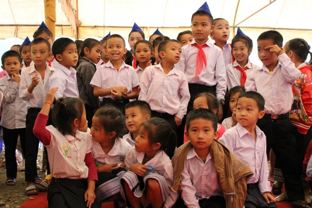 '파이럼 초등학교'의 학생들